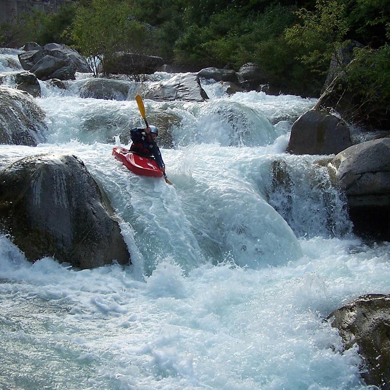 Kayak dans la roya